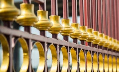 The Pros and Cons of Ornamental Fencing that You Should Know Blog-Image