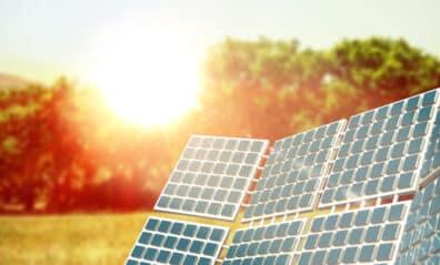 Solar Screens:  An Innovative Energy-Efficient Solution Blog-Image