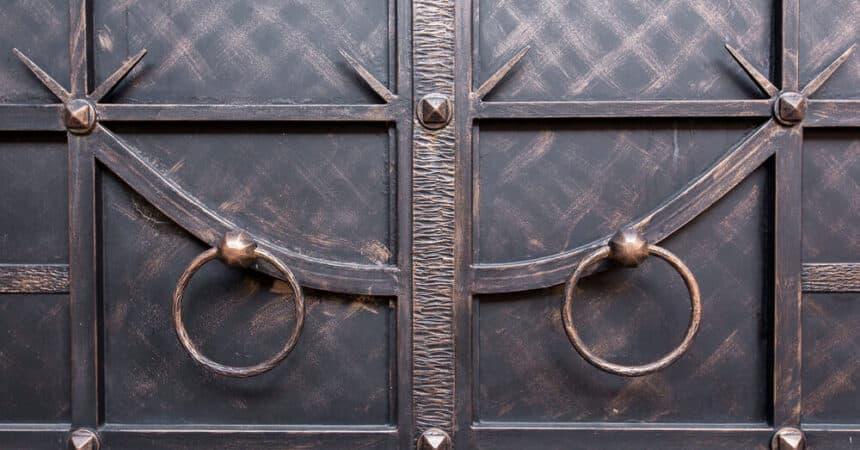 How Do You Upgrade to Iron Doors? Blog-Image